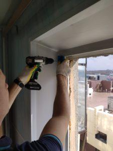 Замена створки окна